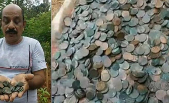 Lotodan çıkan parayla aldığı arazide define buldu