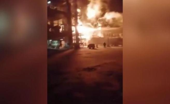 Suriye'de petrol rafinerisi ve gaz istasyonlarına 3'lü saldırı