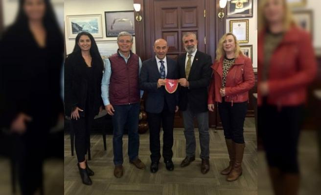 Uluslararası Aktivist Sanatçılar Birliği, Tunç Soyer ile görüştü