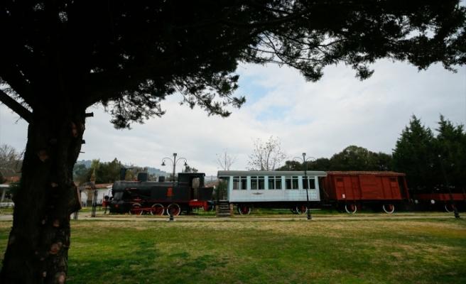 """""""Kara trenler"""" müzede ziyaretçi çekiyor"""