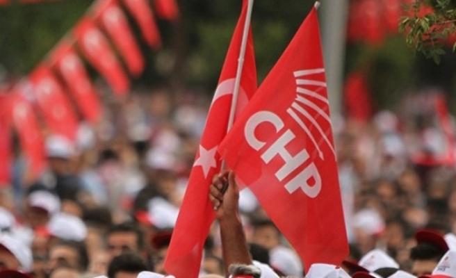 CHP İzmir'den vatandaşlara: Size telefon kadar yakınız, evde kal