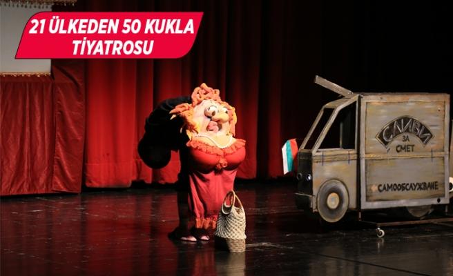 Dünyaca ünlü kuklalar İzmir'de sahne hazırlığında