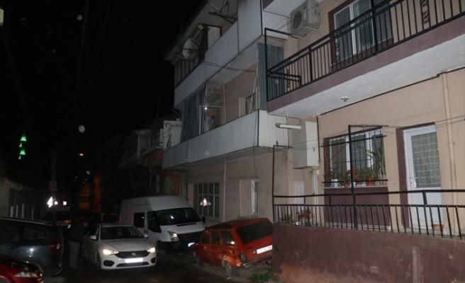 İzmir'de tartıştığı ağabeyini silahla öldürdü