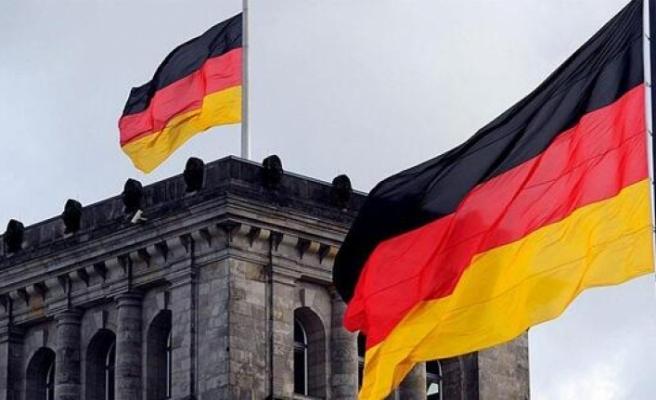 """Almanya'da eşcinselliği """"hastalık"""" diyen Türk doktor görevden alındı"""