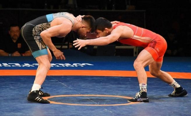 Dünya Güreş Birliği, tüm şampiyona ve turnuvaları erteledi