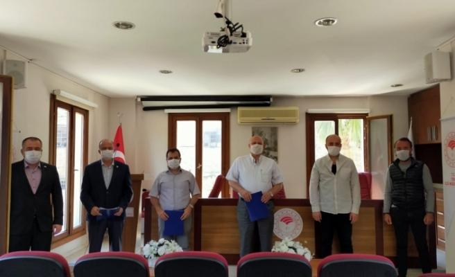 Tire'de zeytin sineğine karşı toplu mücadele protokolü imzalandı