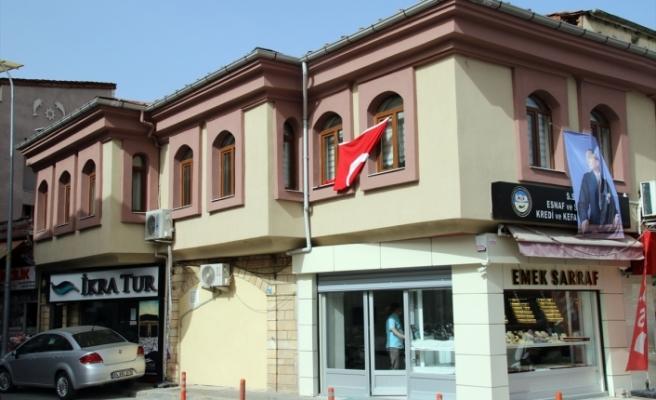 Uşak'ta kooperatif binası karantina altına alındı