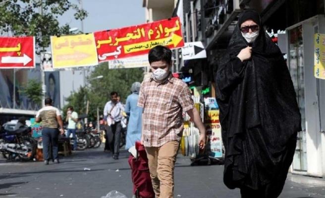 İran'da salgın başından bu yana en yüksek can kaybı