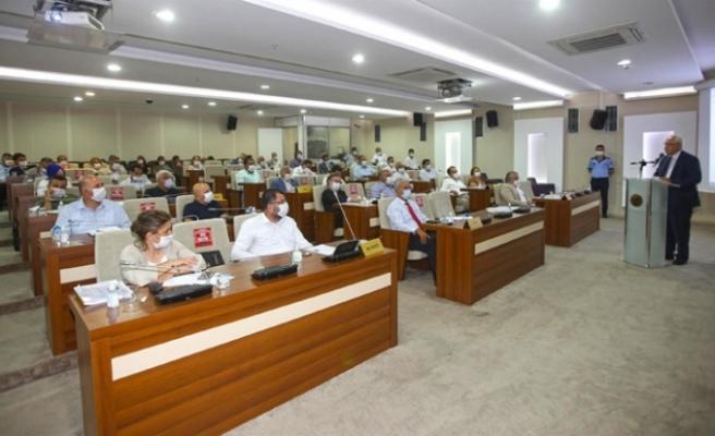 Karabağlar Belediyesi'nin faaliyet raporu kabul edildi