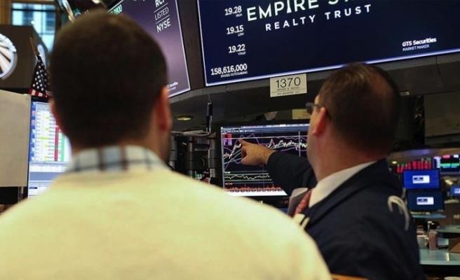 """Küresel piyasalar """"endişe ve beklenti"""" arasında yön arayışında"""