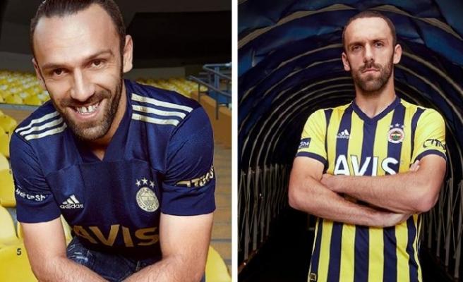 Fenerbahçe'den rekor forma satışı! İlk günde tarih yazıldı…