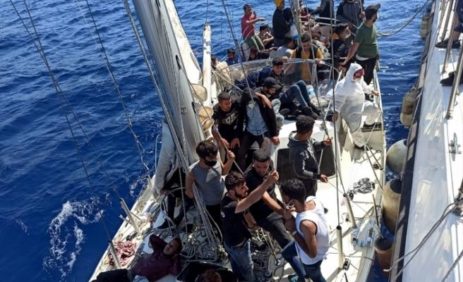 Muğla'da 63 sığınmacı kurtarıldı
