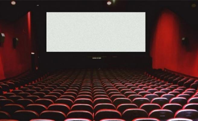 Salgın sebebiyle kapanan sinema salonları açıldı