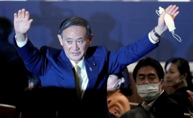 Japonya'nın yeni Başbakanı Suga Yoşihide oldu