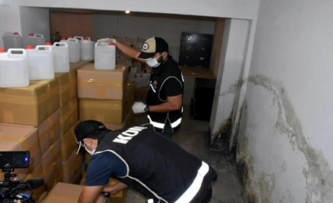 5 ton sahte etil alkol İzmir'e 'dezenfektan' yazan kolilerle gelmiş!