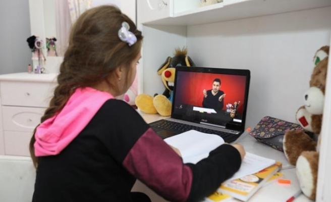 Buca'da ücretsiz dijital eğitim