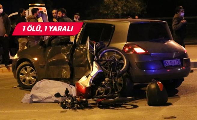 İzmir'de otomobille motosiklet çarpıştı
