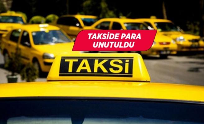 İzmirli taksici aracında unutulan paraları teslim etti