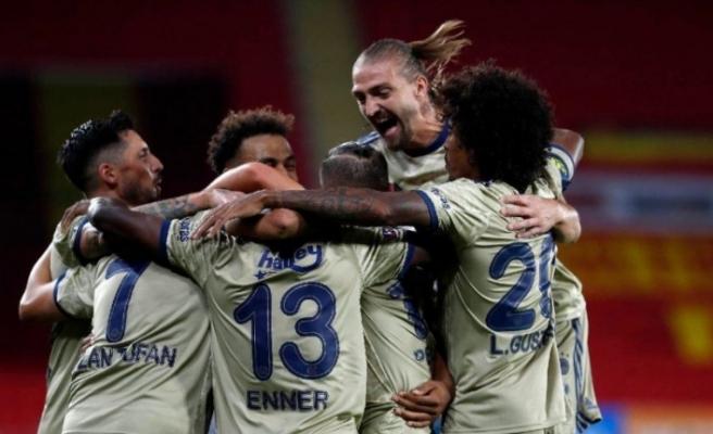 Kaptanlar kulübü Fenerbahçe
