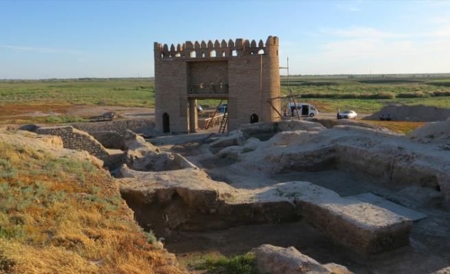 Kazakistan'ın Otrar kentinde tarihe meydan okuyan eserler