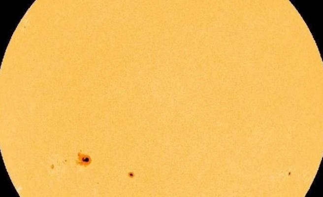 Güneş'in yüzeyinde görüntülendi! Dünya'dan büyük…