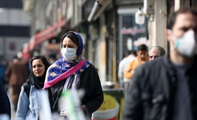 İran'da son 24 saatte Kovid-19'dan 476 kişi hayatını kaybetti