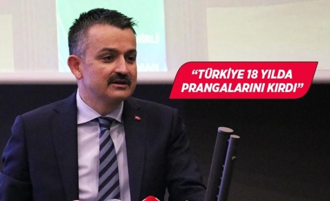Bakan Pakdemirli, İzmir'de iş dünyası temsilcileriyle bir araya geldi
