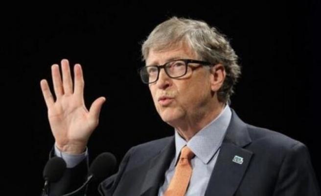 Bill Gates Covid-19 aşısı oldu