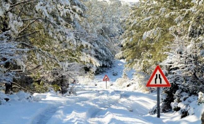 Bodrum'da 35 yıl sonra kar sürprizi