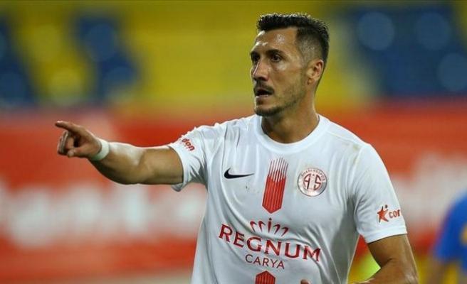 Göztepe Jahovic'i istiyor