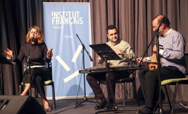 Institut français İzmir'den Dünya'ya 'müzik şifası'