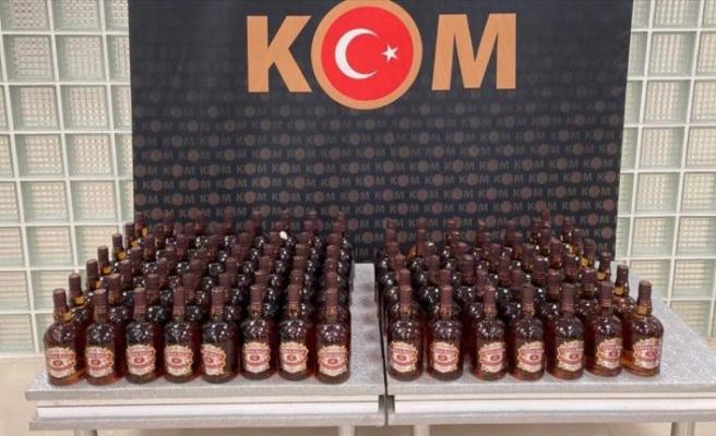 Manisa'da 175 şişe kaçak içki ele geçirildi