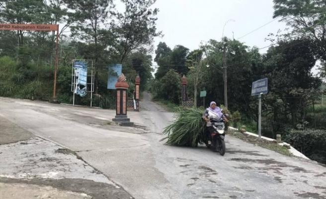 Merapi Yanardağı'ndaki patlamalar bölge halkını olumsuz etkiliyor