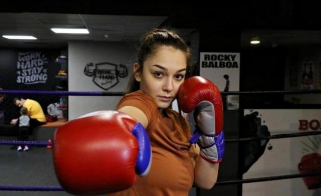 17 yaşındaki Dilara'nın hedefi dünya şampiyonluğu