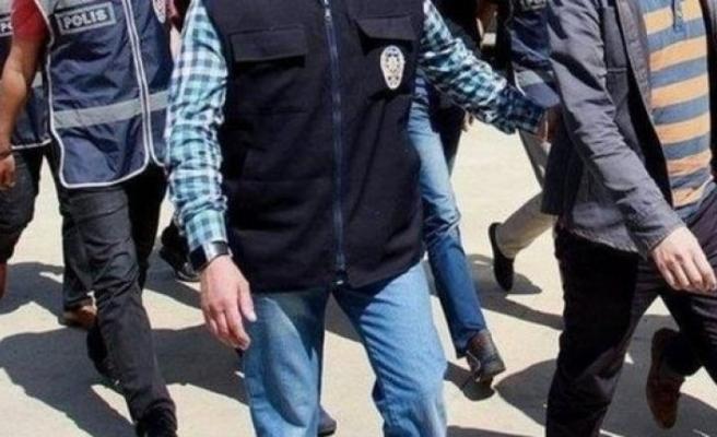 Denizli'de FETÖ'ye 5 tutuklama