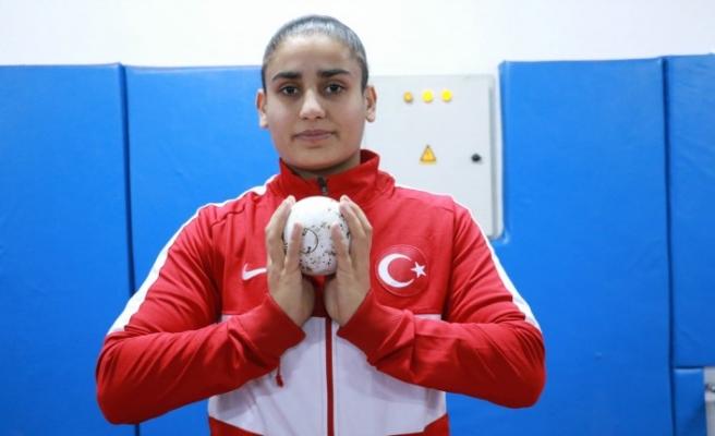 Depremden kurtulup dünya şampiyonu olan Eda'nın hedefi olimpiyat altını