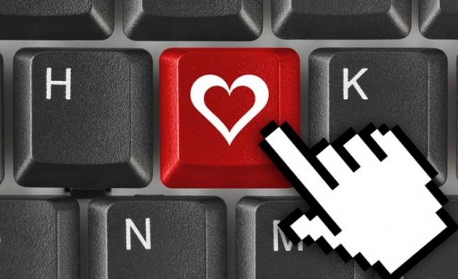 En teknolojik Sevgililer Günü İncehesap.com'da