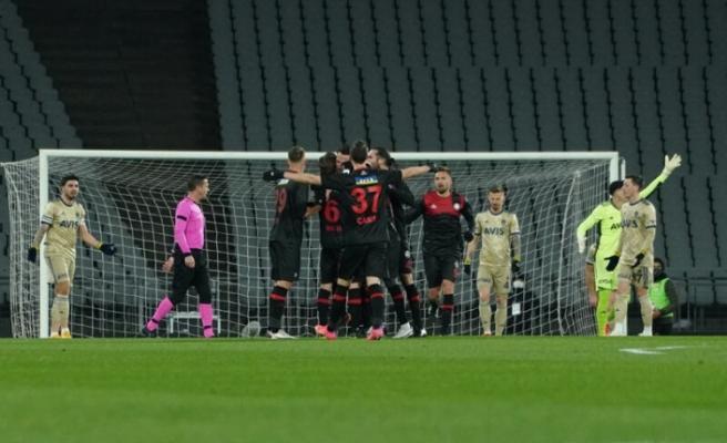 Fatih Karagümrük: 1 - Fenerbahçe: 2