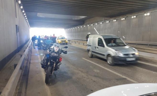 İzmir'de 2 yunus polisi kazada yaralandı