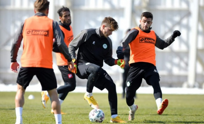 Konyaspor'da 6 oyuncunun sakatlığı sürüyor
