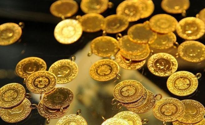 Altın fiyatları düştü, petrol yükseldi