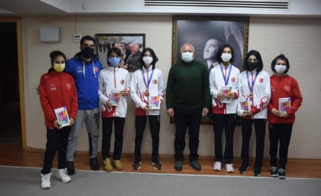 Başkan Karakayalı'dan spora tam destek