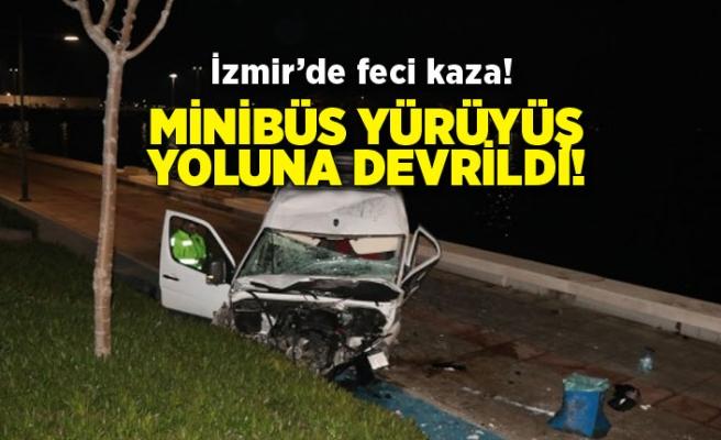 Feci kaza: Minibüs yürüyüş yoluna devrildi!