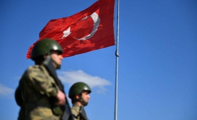Suriye ve Yunanistan'a geçmeye çalışan 41 kişi yakalandı