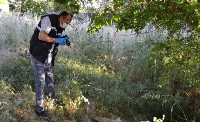 Salihli'de boş araziye bırakılan bebek kurtarılamadı