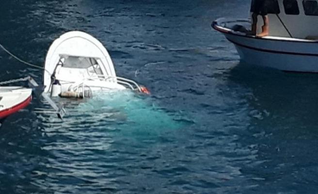 Balıkçı teknesine gemi çarptı