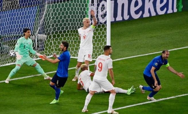 İtalya gruptan çıkmayı garantiledi
