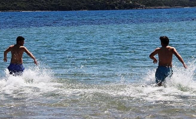 O ilçede denize girmek yasaklandı