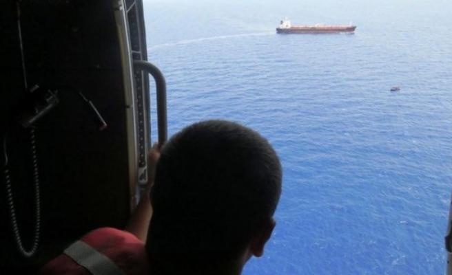 MSB duyurdu: Akdeniz'de 80 göçmen kurtarıldı