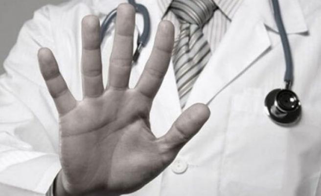 36 sağlık çalışanı şiddete maruz kaldı